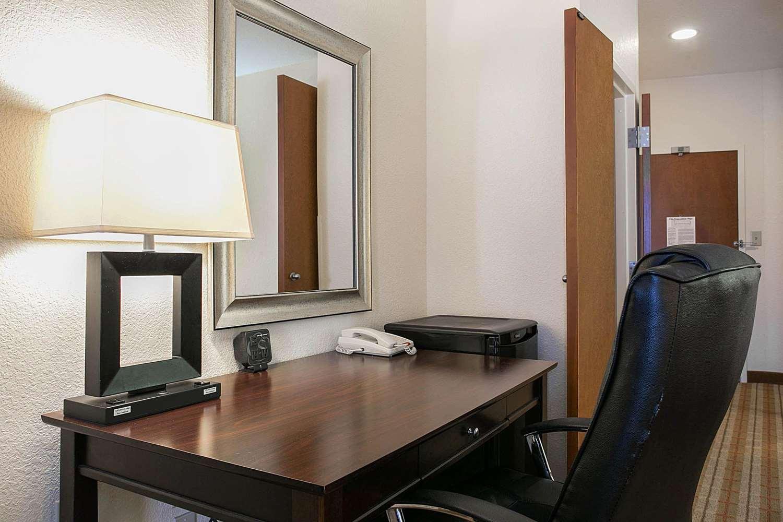 Suite - Comfort Suites Augusta