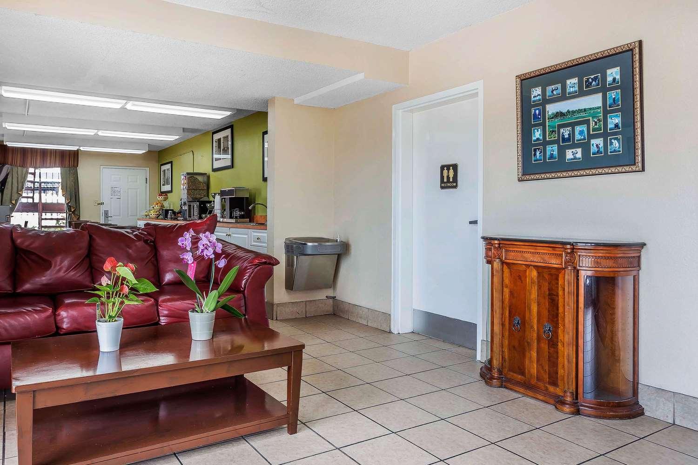 Lobby - Rodeway Inn Augusta