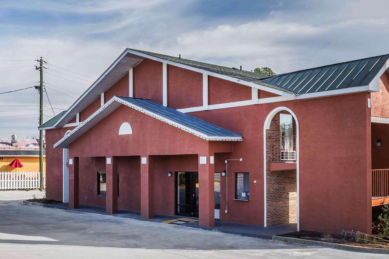 Exterior view - Rodeway Inn Augusta