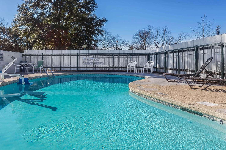 Pool - Rodeway Inn Augusta