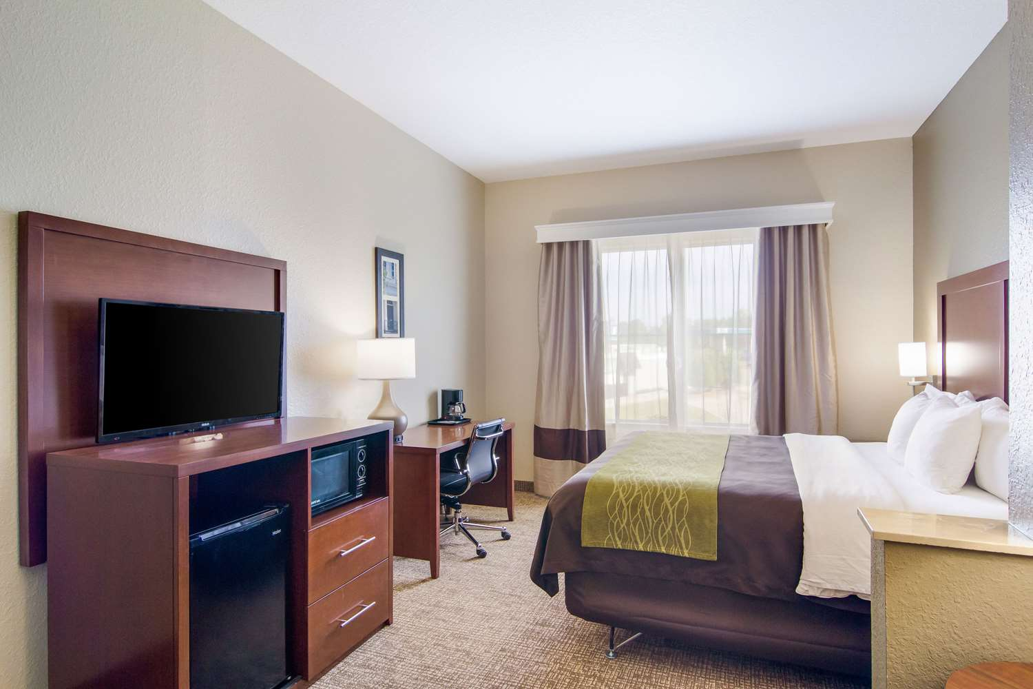Suite - Comfort Inn Blackshear