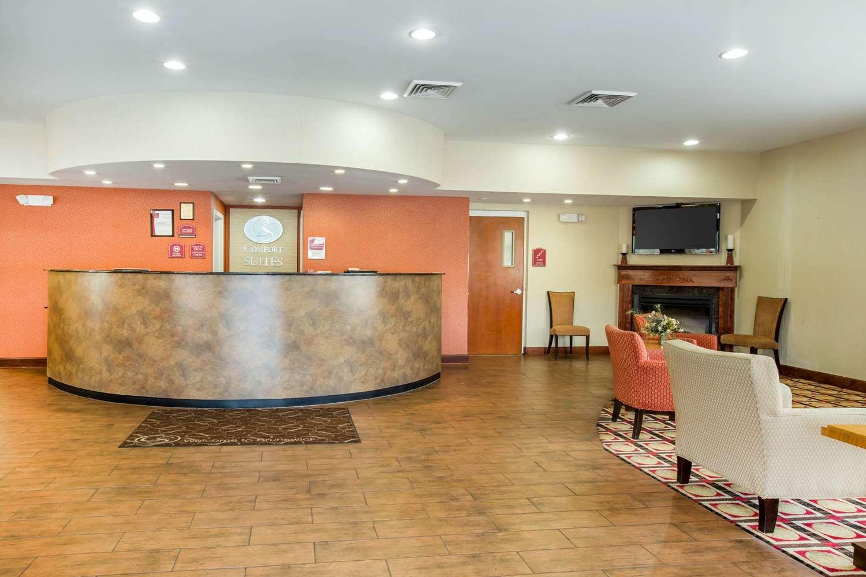 Lobby - Comfort Suites Gateway Brunswick
