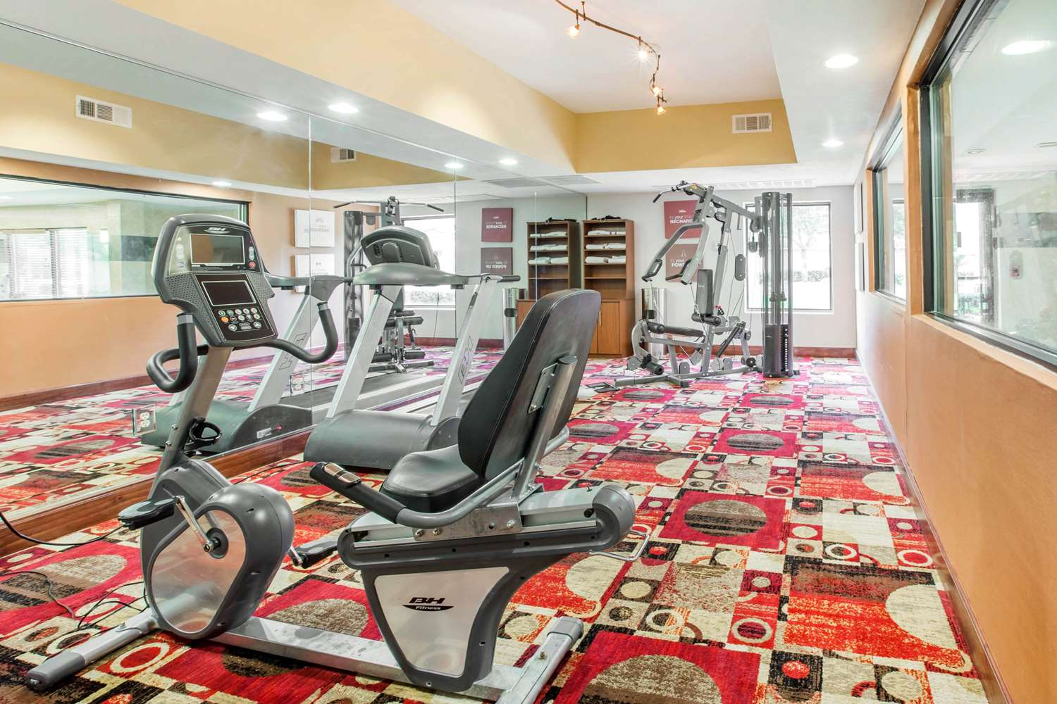 Fitness/ Exercise Room - Comfort Suites Gateway Brunswick