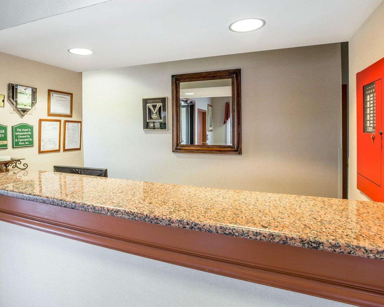 Lobby - Econo Lodge Brunswick