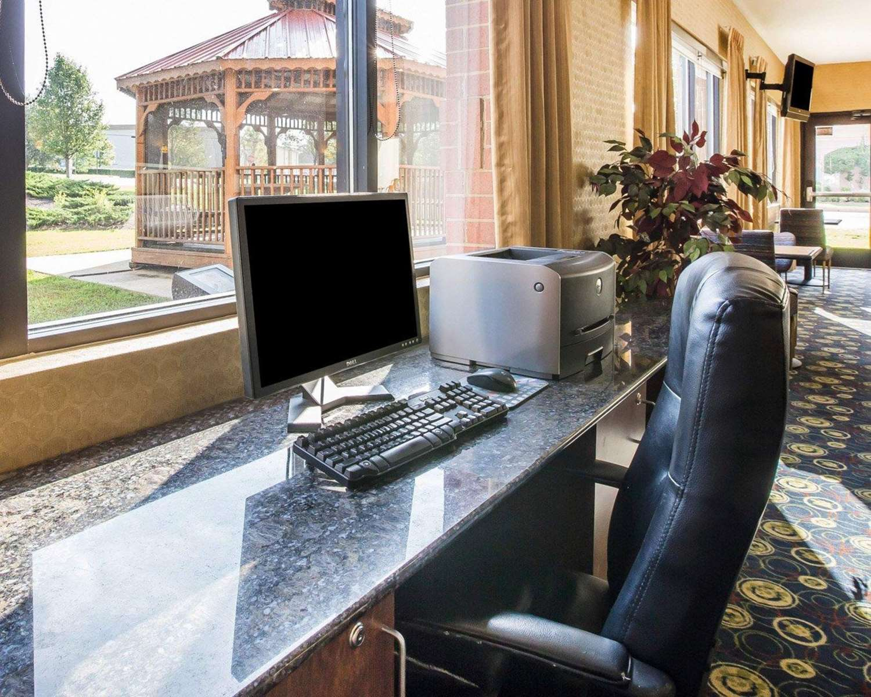Conference Area - Comfort Suites Macon