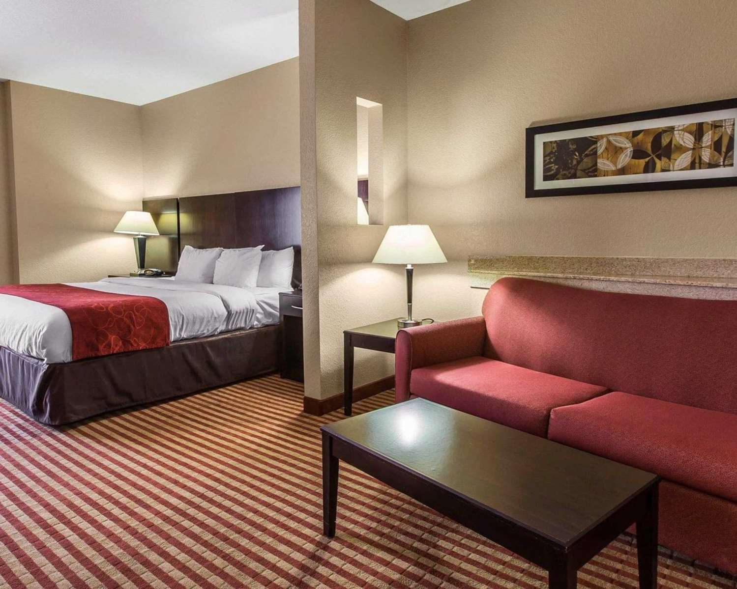 Room - Comfort Suites Waycross