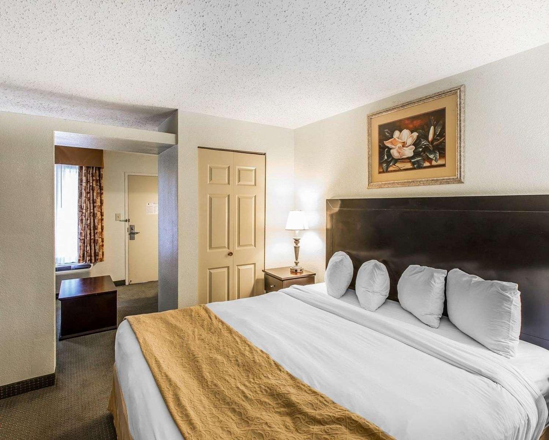 Suite - Quality Inn & Suites Statesboro