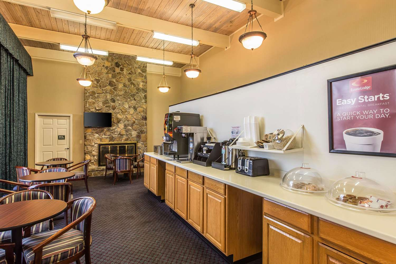 Restaurant - Econo Lodge Thomasville