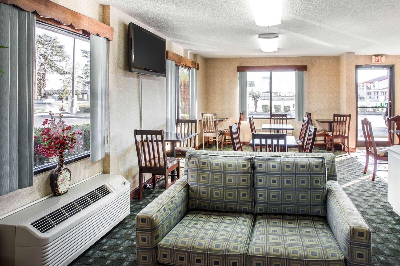 Restaurant - Quality Inn Byron