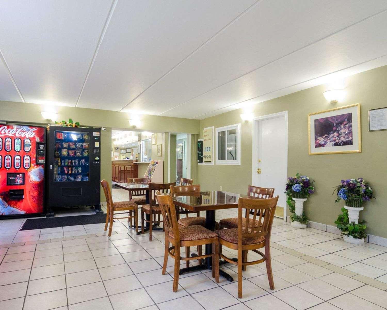Restaurant - Rodeway Inn Norcross