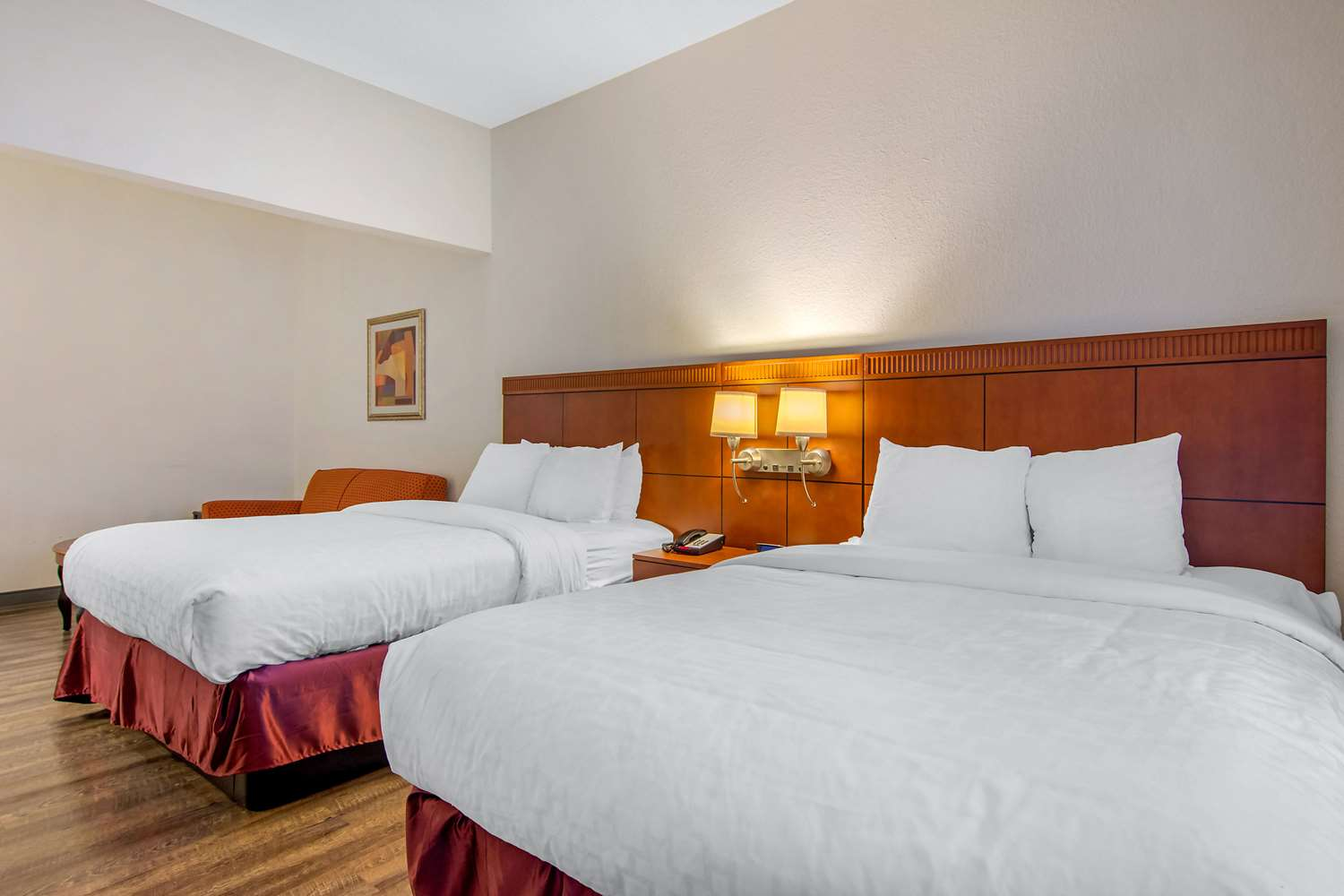 Room - Clarion Suites Gwinnett Place Duluth