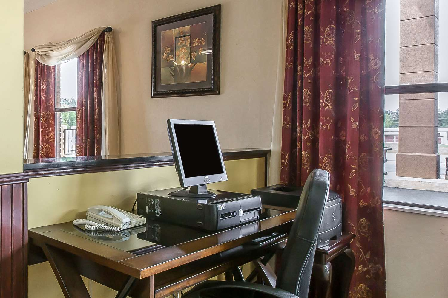 Conference Area - Quality Inn Adairsville