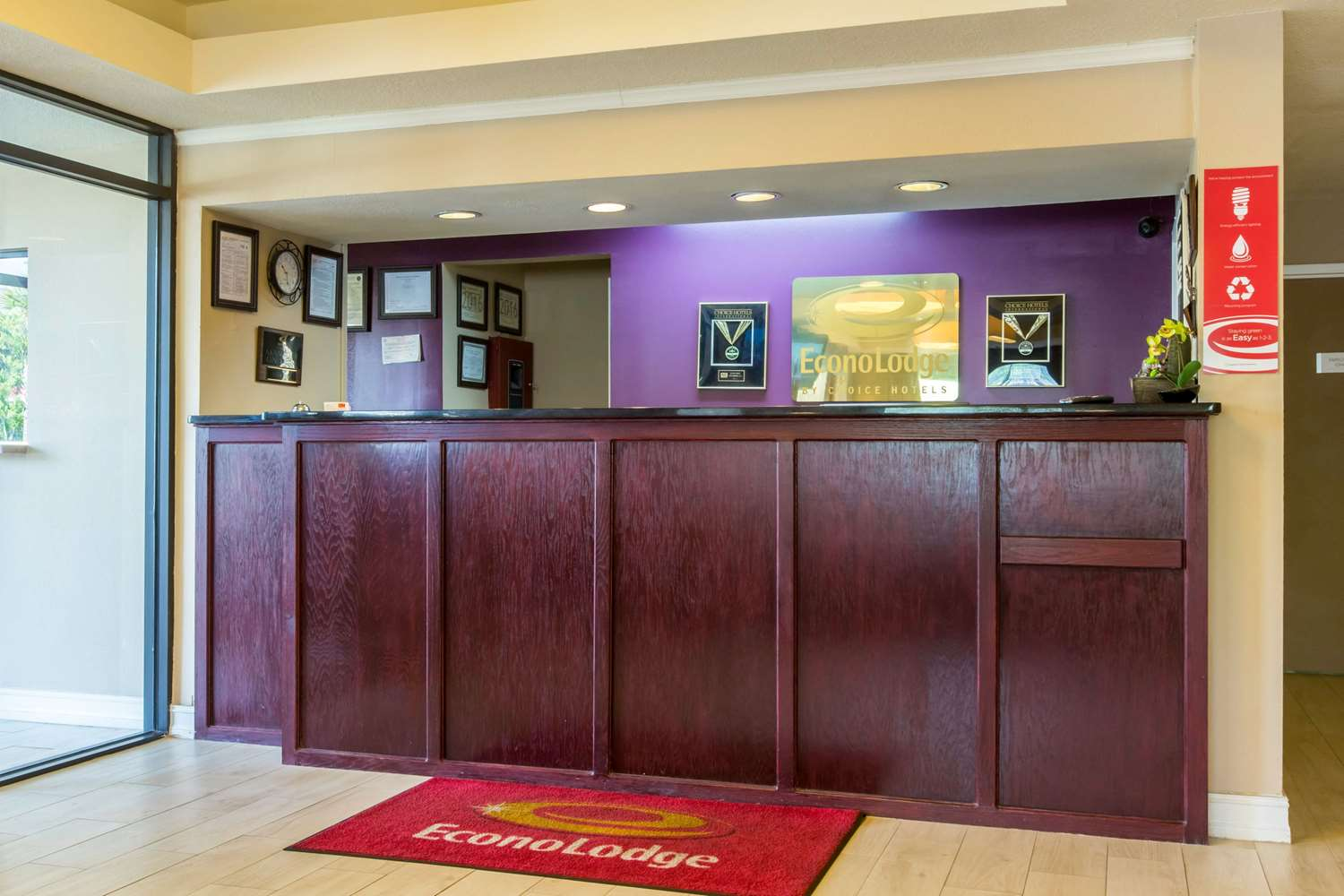 Lobby - Econo Lodge Stockbridge