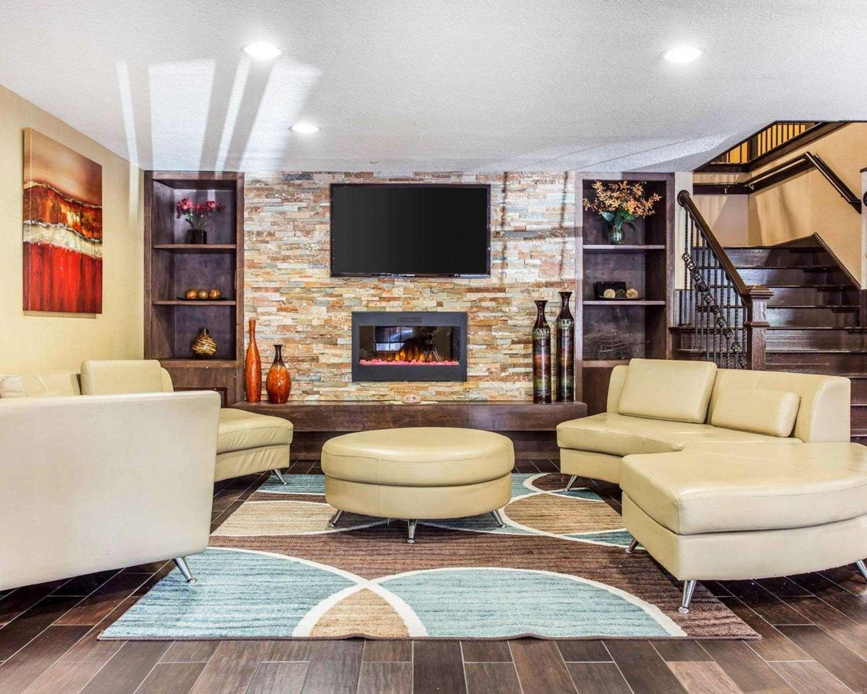 Lobby - Comfort Inn & Suites Dobbins Air Reserve Base Smyrna