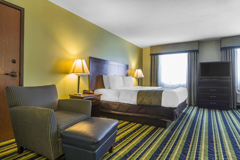 Suite - Quality Inn Cedartown