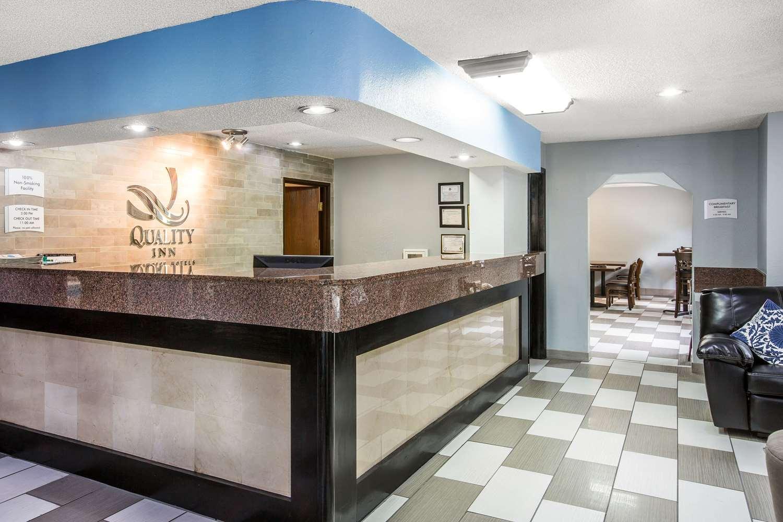 Lobby - Quality Inn Stockbridge
