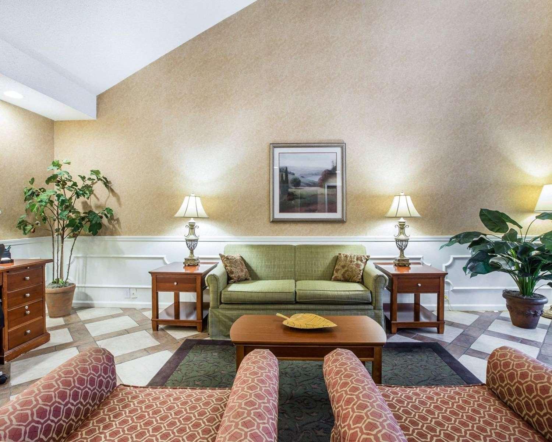 Lobby - Quality Inn Carrollton