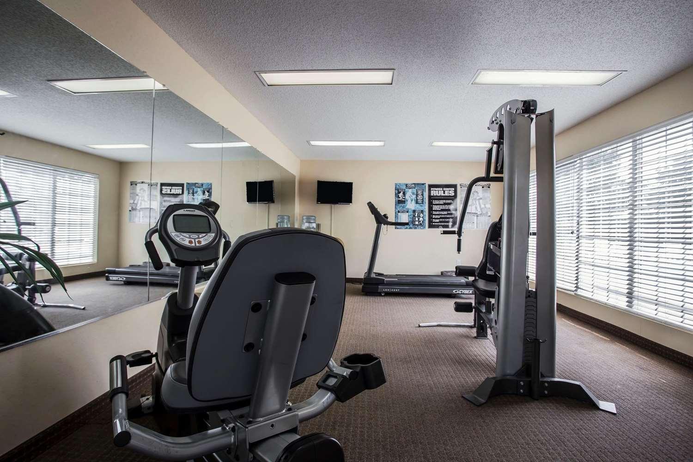 Fitness/ Exercise Room - Quality Inn Waynesboro