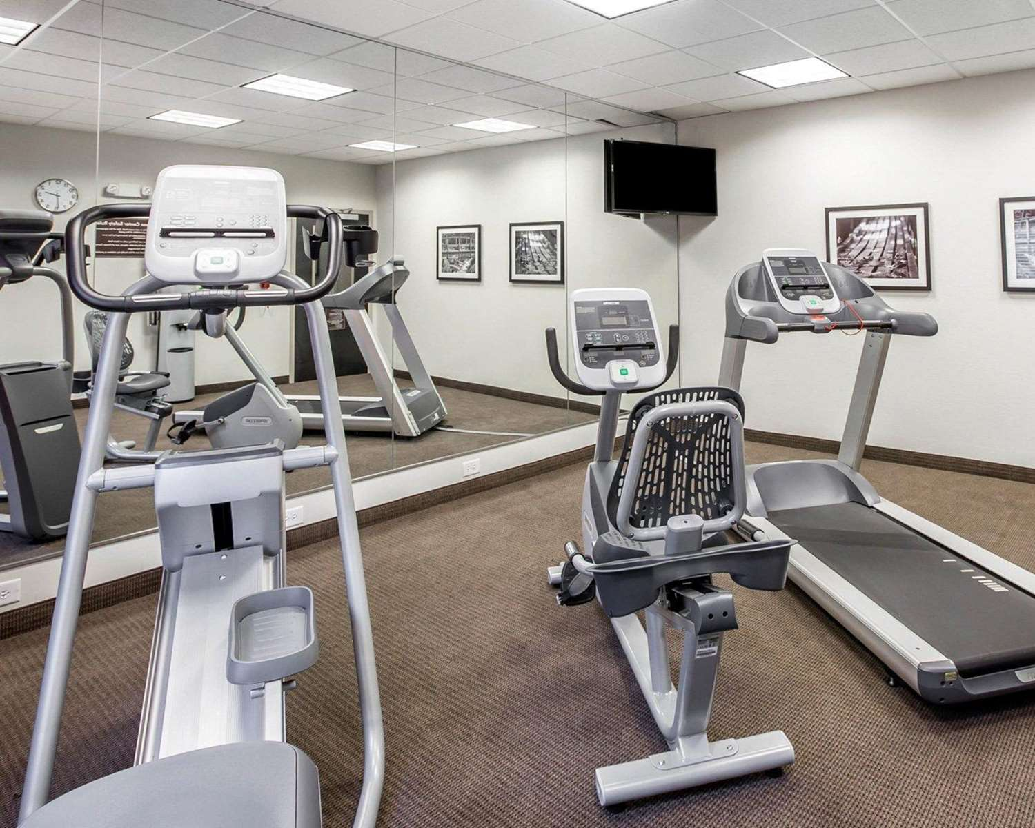Fitness/ Exercise Room - MainStay Suites Emerson