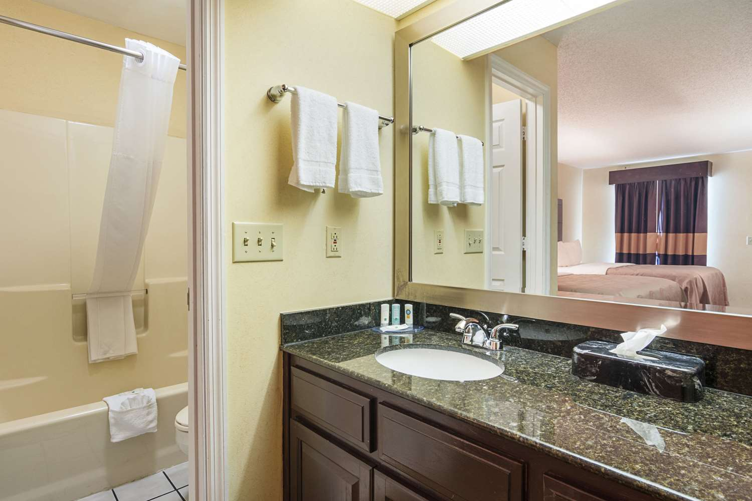 Suite - Quality Inn Hartwell