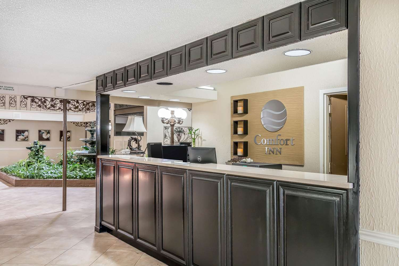 Lobby - Comfort Inn Savannah