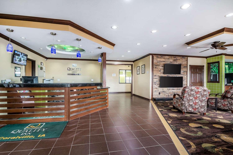 Lobby - Quality Inn Coralville