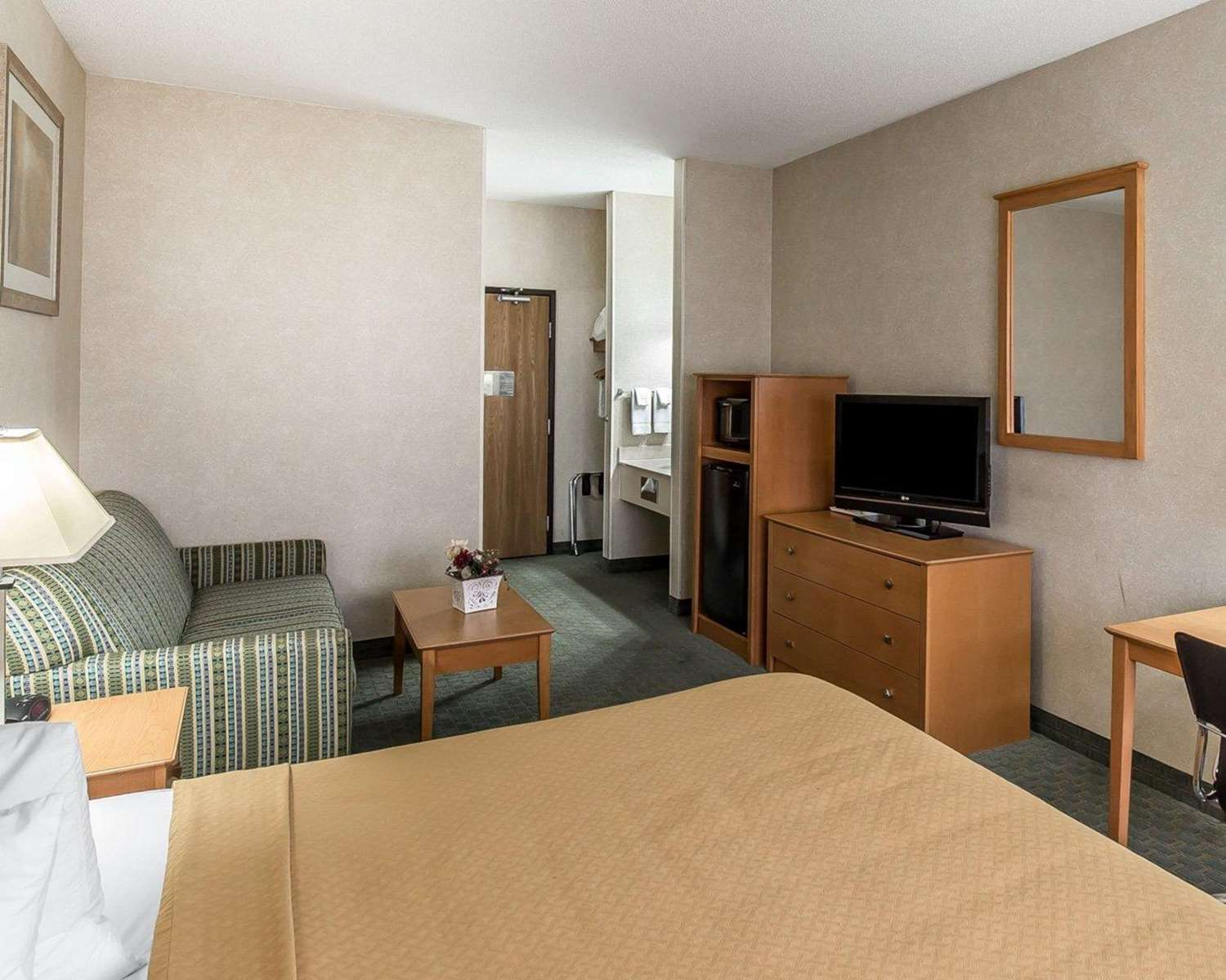 Suite - Quality Inn North Cedar Rapids