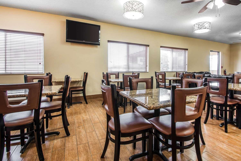 Restaurant - Quality Inn Dubuque