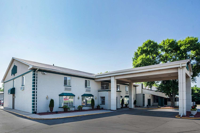 Exterior view - Quality Inn & Suites Des Moines
