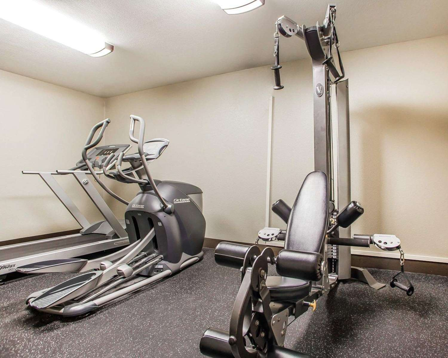 Fitness/ Exercise Room - Comfort Inn Marshalltown