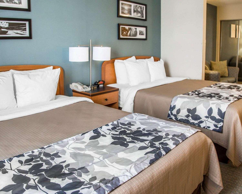 Suite - Sleep Inn & Suites Davenport