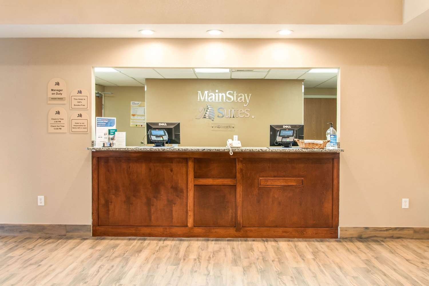 Lobby - MainStay Suites Dubuque