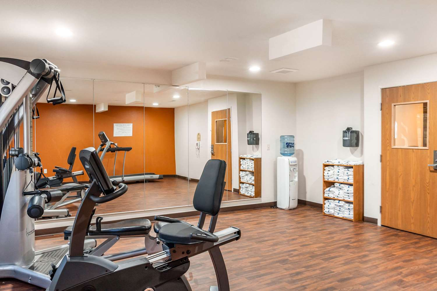 Fitness/ Exercise Room - MainStay Suites Dubuque