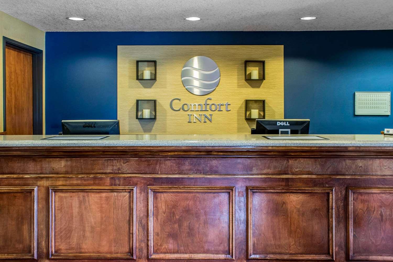 Lobby - Comfort Inn Ankeny