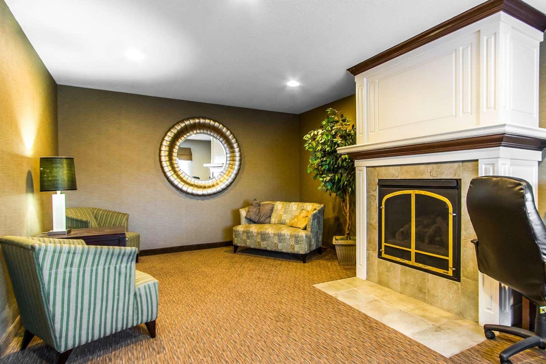 Lobby - Sleep Inn & Suites Pleasant Hill