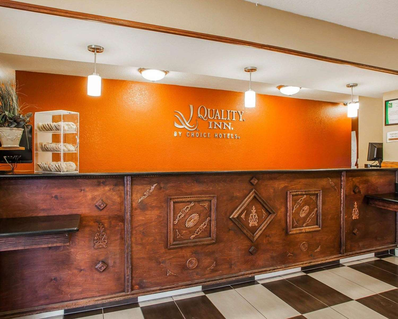 Lobby - Quality Inn Fort Dodge