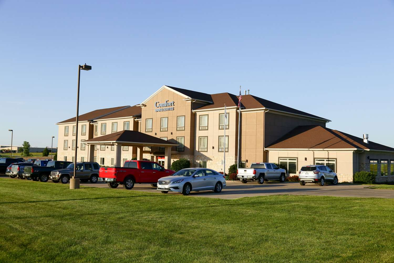 Exterior view - Comfort Inn & Suites Grinnell