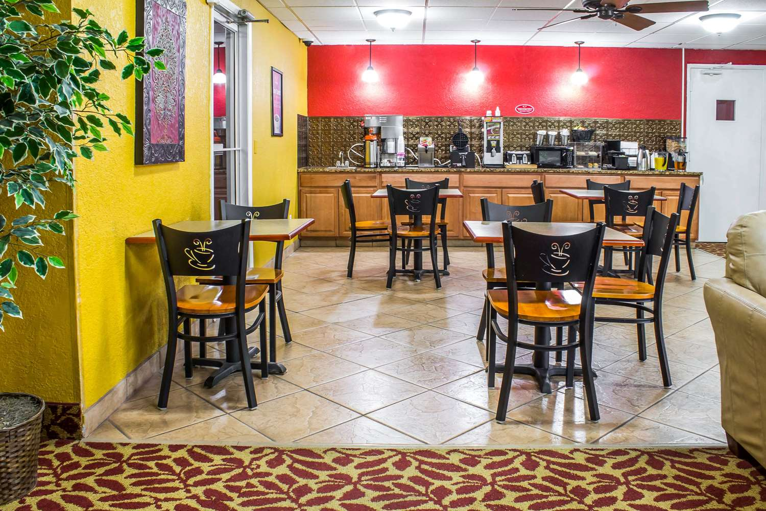 Restaurant - Econo Lodge Inn & Suites Walnut