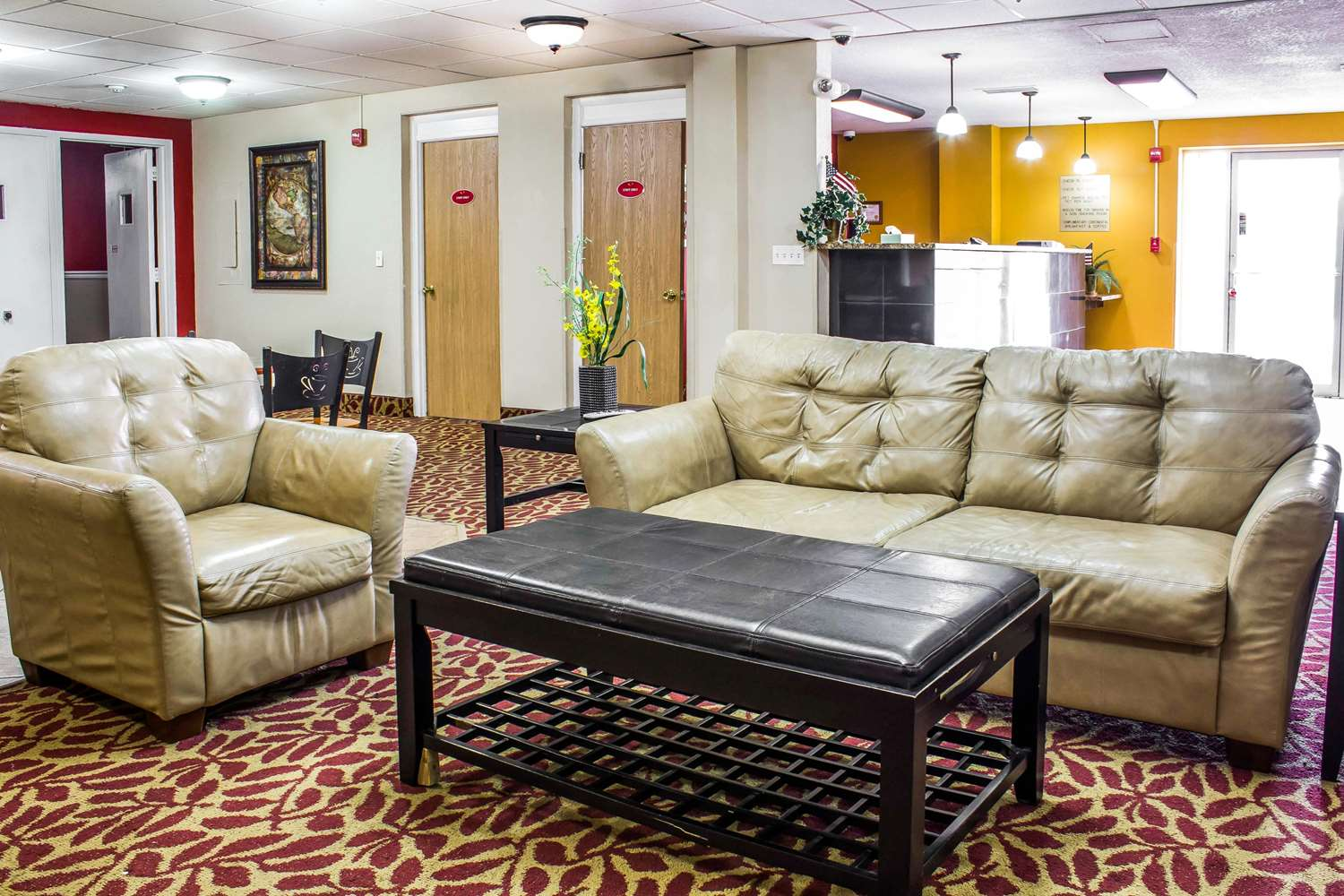 Lobby - Econo Lodge Inn & Suites Walnut