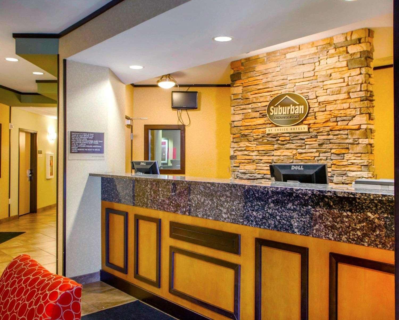 Lobby - Suburban Extended Stay Hotel Cedar Falls