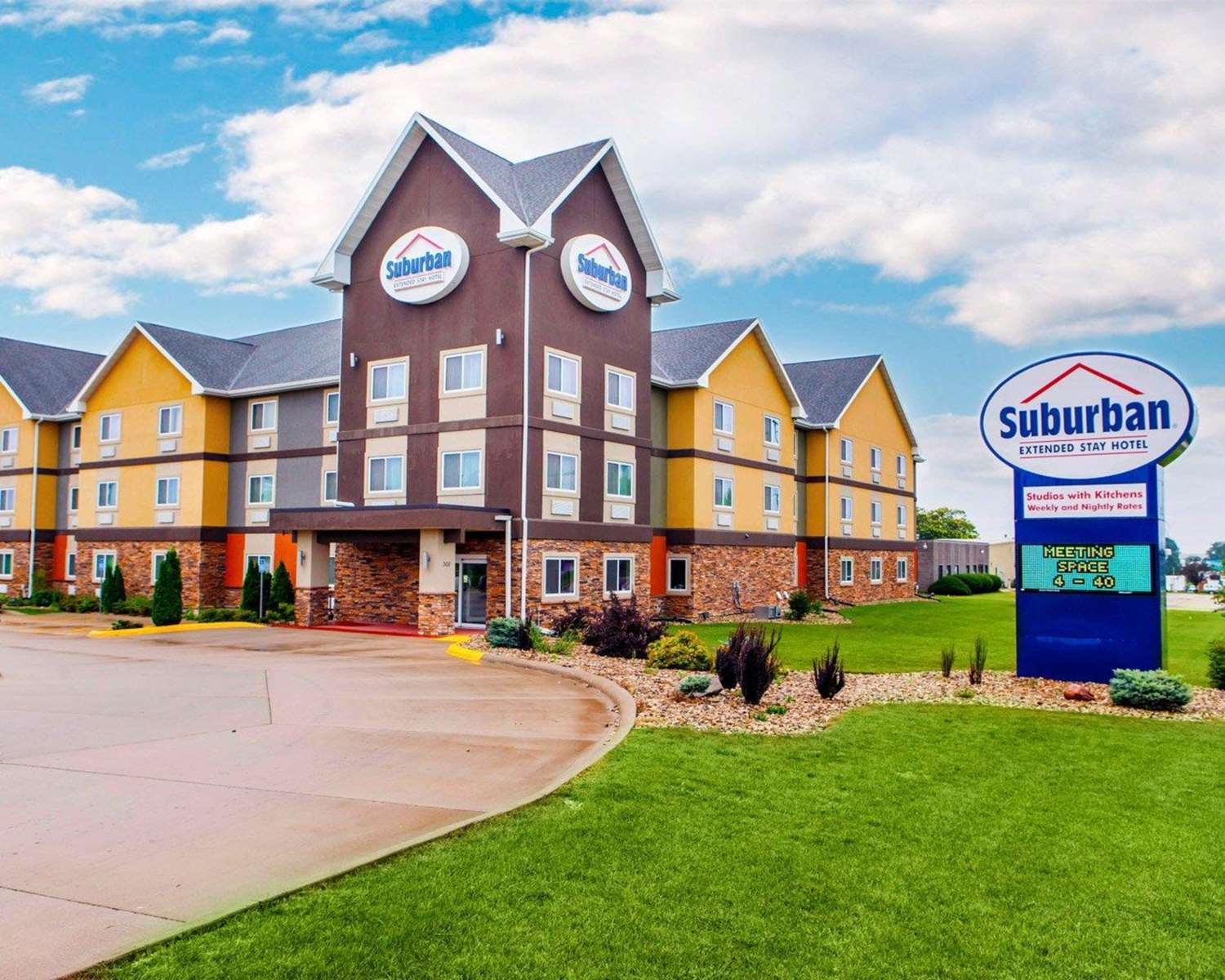 Exterior view - Suburban Extended Stay Hotel Cedar Falls