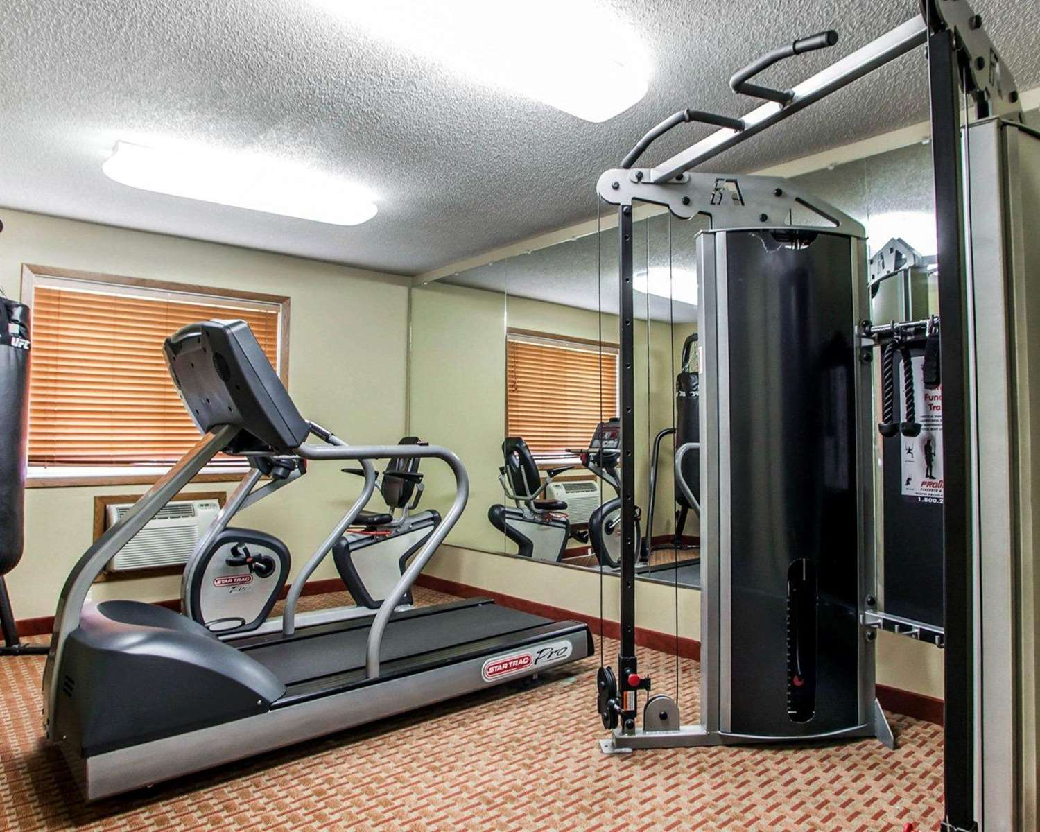 Fitness/ Exercise Room - Quality Inn & Suites Davenport