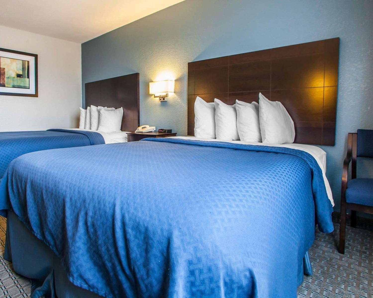 Room - Quality Inn & Suites Ankeny