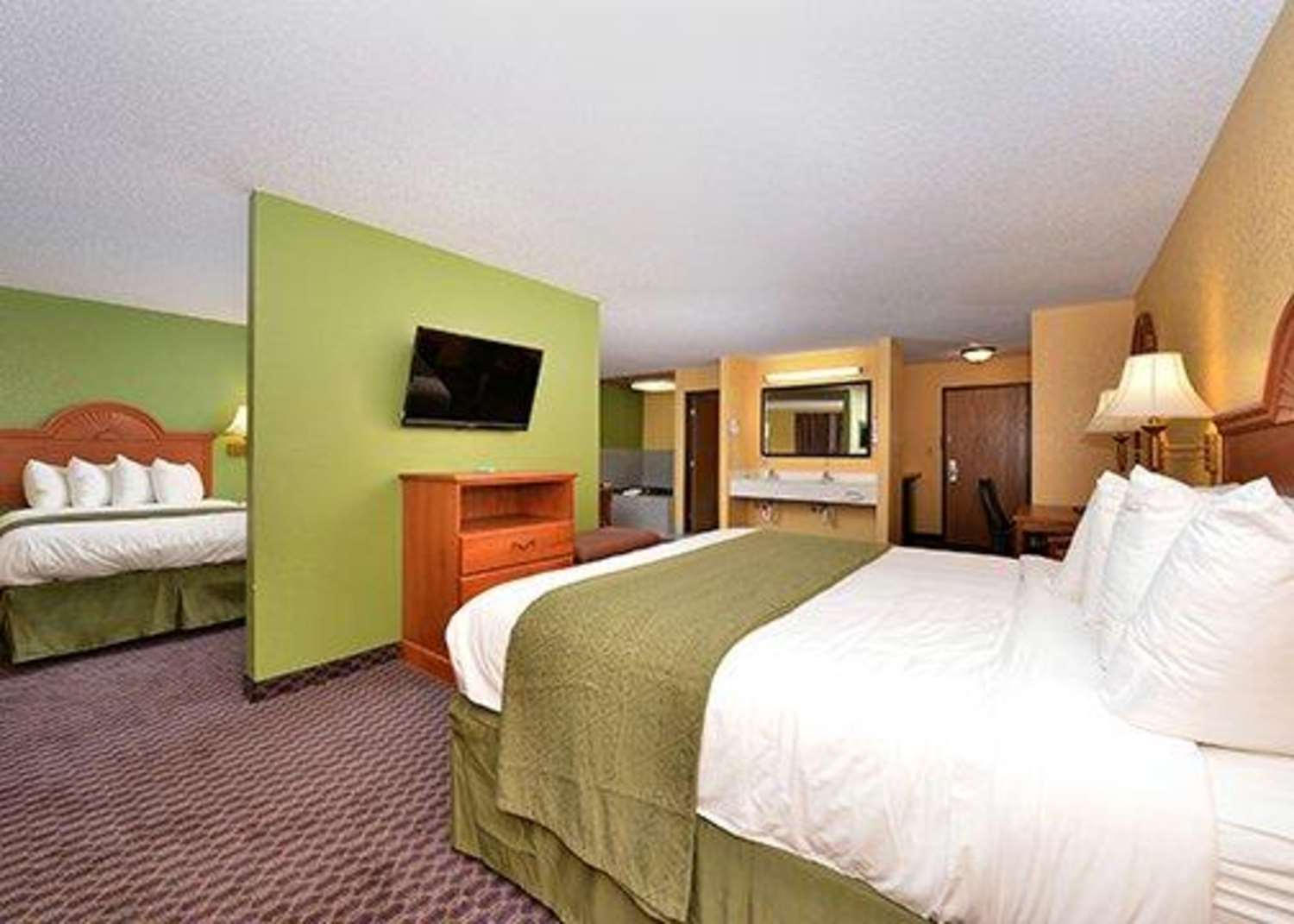 Suite - Quality Inn & Suites Grinnell