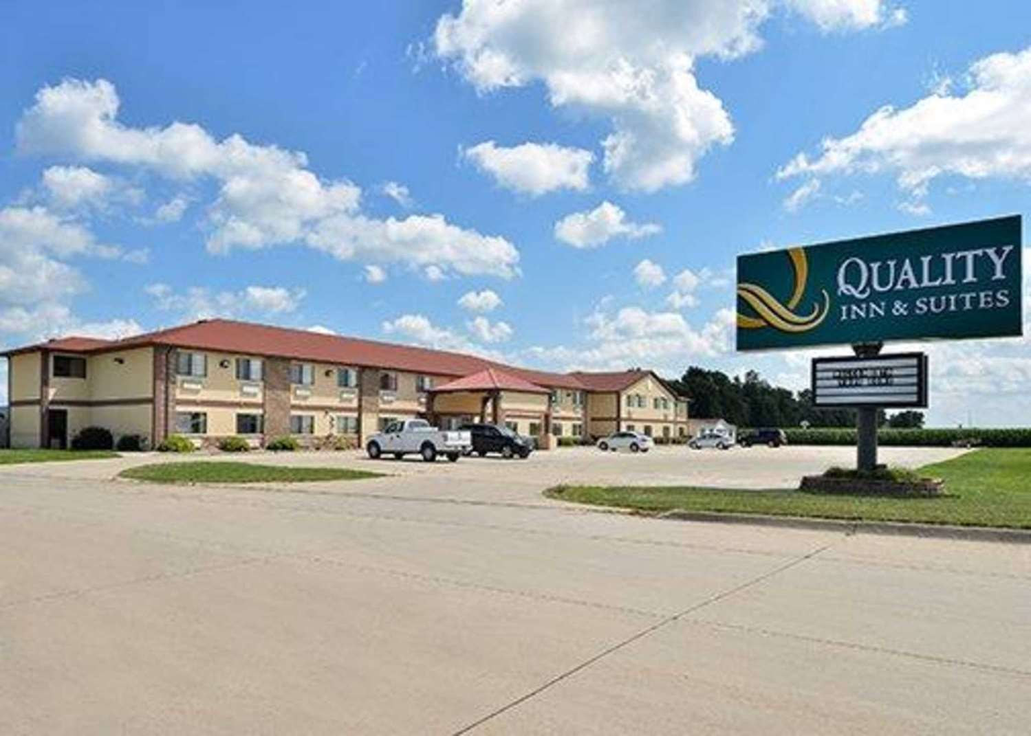Exterior view - Quality Inn & Suites Grinnell