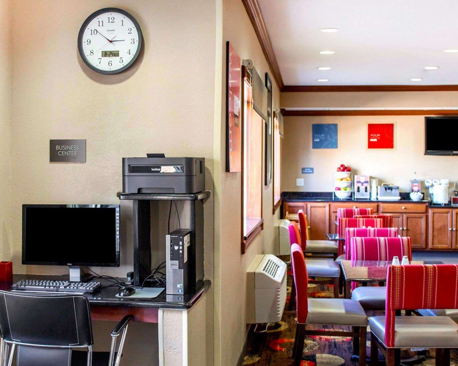 Conference Area - Comfort Inn & Suites Coralville