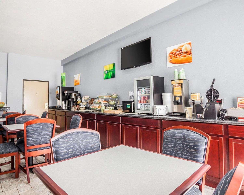 Restaurant - Quality Inn & Suites Altoona