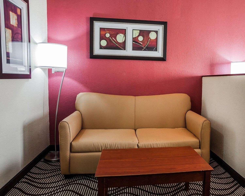 Suite - Quality Inn & Suites Altoona