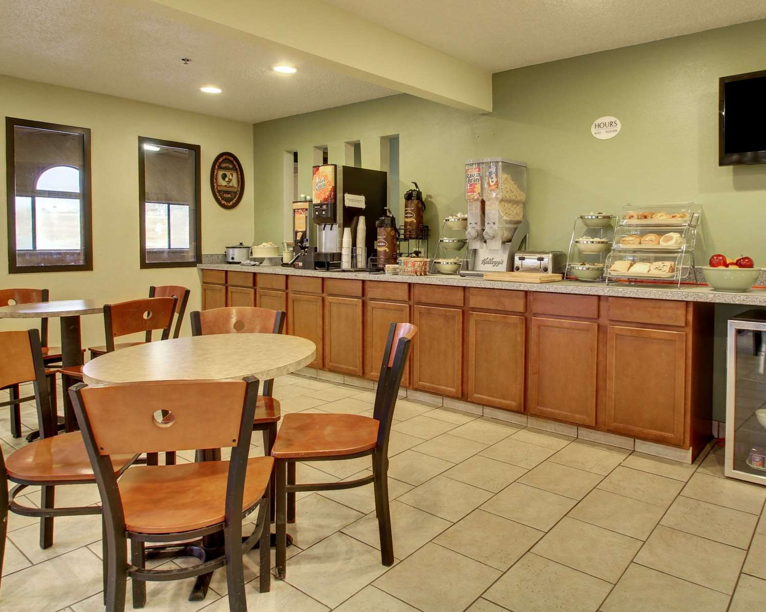 Restaurant - Quality Inn Indianola
