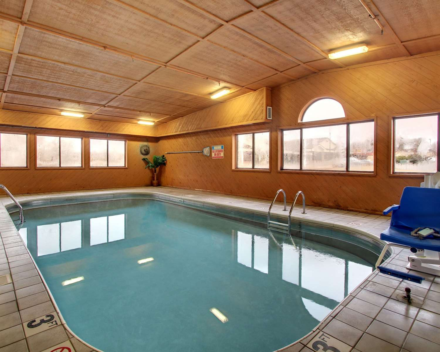 Pool - Quality Inn Indianola